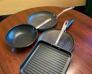 Assorted pans and grillers https://ctbids.com/#!/description/share/293102