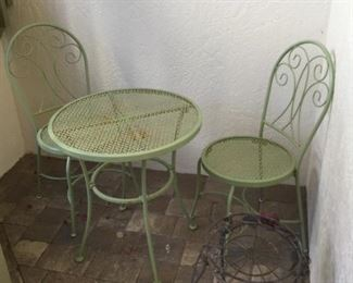 Metal bistro table and chairs plus plant stand https://ctbids.com/#!/description/share/295029