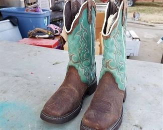 Justin Gypsy boots size 7 and 1/2 B