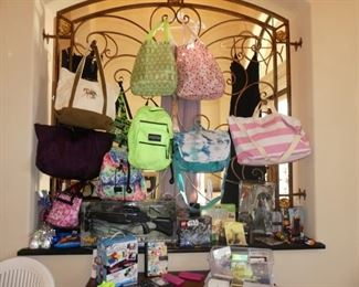Purses / Backpacks