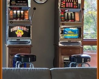 functioning slot machines