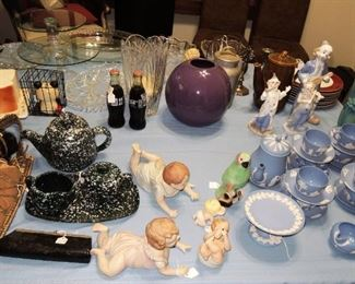 Collectibles: Wedgewood, piano babies