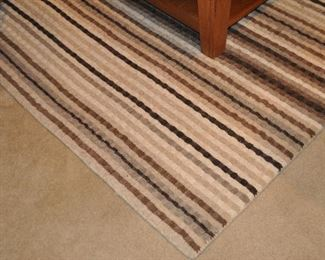 """Fantastic 100% wool  ivory striped with brown tones """"Tapis"""" area rug from Pier One 8' 10"""" X 6'"""
