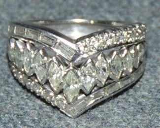 14k White Gold & 1.5 ct total weight Diamond Ring