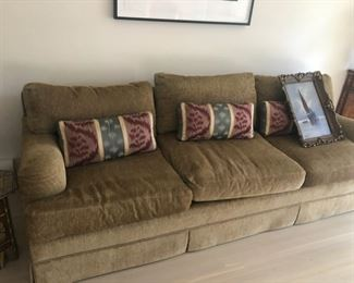 We have two sofa's like this
