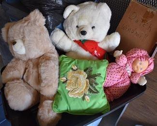 Stuffed bears,