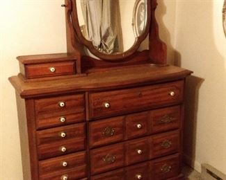 Mirrored Dresser - 3 Pc. Bedroom Set