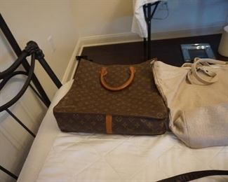 AUTHENTIC VINTAGE LOUIS VUITTON TOTE BAG