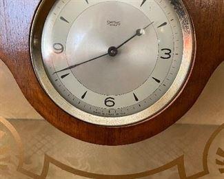 Great Britain built in clock