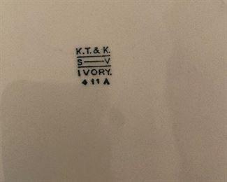 K.T. & K ivory plates