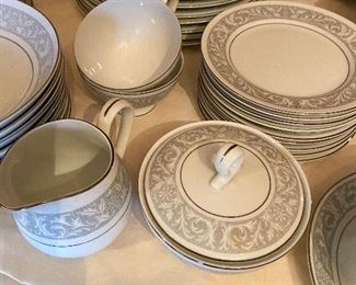 Imperial China dish set