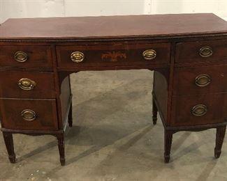 LAN748 Duncan Phyfe Desk / Writing Table Local Pickup  https://www.ebay.com/itm/114065370722
