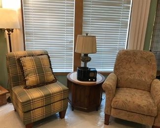 LA-Z-Boy Recliner and Accent chair