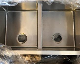 Brand new stainless sink (small crack on bottom, if you expand picture)