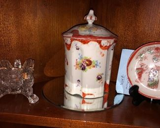 Chinese biscuit jar