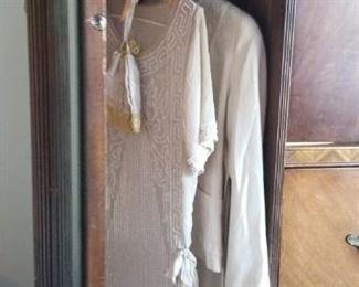 Vintage Art Deco Nouveau Waterfall Wardrobe / Dresser, Beautiful $525