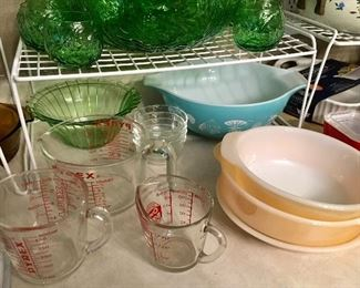 PYREX BLUE BOWL, & PYREX MEASURING CUPS.