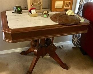 NICE ANTIQUE EASTLAKE MARBLE TOP TABLE.