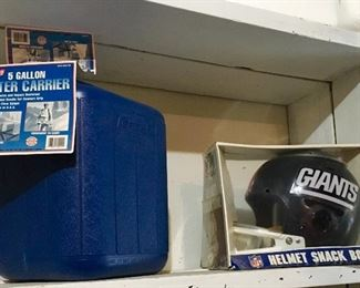 COLEMAN 5 GALLON WATER CARRIER PLUS NFL GIANTS NFL SNACK HELMET.