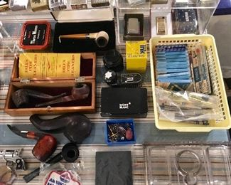 VINTAGE PIPES & LIGHTERS