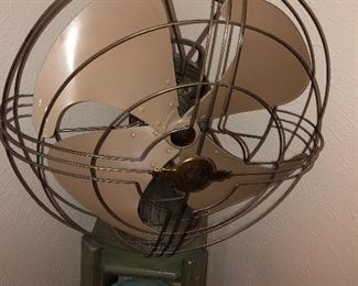 Vintage Fan in great working condition!