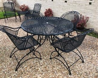 Vintage Iron Table & 4 Chairs
