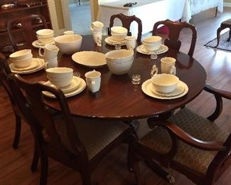 Main Stay Dinnerware