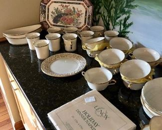 """LENOX fine china """"Eternal '',  place setting for 92"""