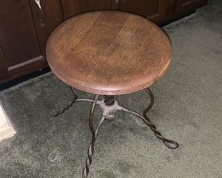 GREAT ANTIQUE STOOL