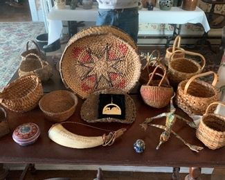 CLOSE UP OF BASKETS