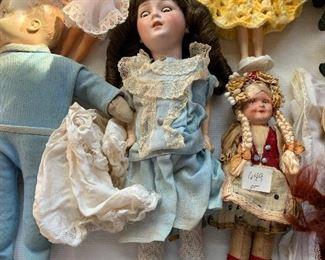 CLOSE UP OF EARLY PORCELAIN GERMAN DOLL