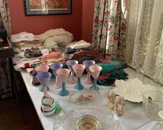 POTTERY CUPS, LINENS, AND GLASS