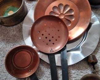 Copper bed warmer set