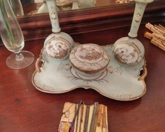 Italian pottery vanity set
