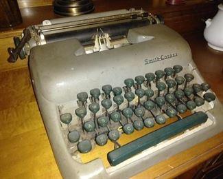 Antique Smith Corona Type Writer