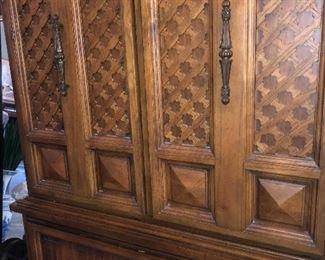 Dixie 5 drawer chest