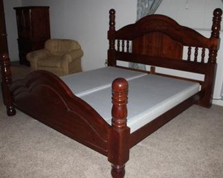 King Size Pine Paul Bunyan Style Poster Bed with Foundation (c.1980's)