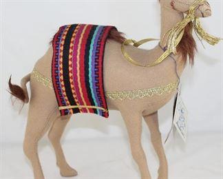 """Annalee Mobilitee Dolls 12"""" Camel (1997)"""
