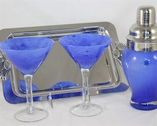 Amici Art Glass Martini Shaker and 2 Stemmed Martini Glasses Shown with a Sheridan Non-Tarnish Chrome Tray