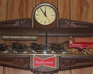 "Vintage BUDWEISER World Champion Clydesdale Team Double Sided Lighted Beer Sign with Clock.    (35""W x 20""H x 7""D).  Perfect for your pool table!"