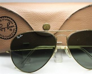 Vintage 1970's Aviator Sunglasses with Case
