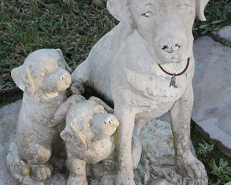 Large Dog With Pups Garden Statue