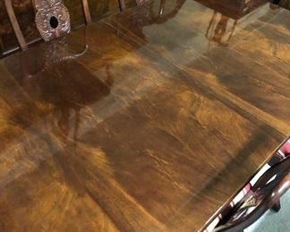 Aston Court by Henredon Hutch and Dining Room Table w 8 Chairs...Table is a Double Pedestal, Burl Wood Polished to a high sheen, the details are impeccable and pristine all these years later!