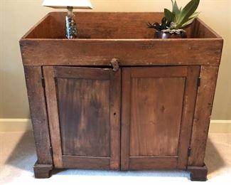 Antique primitive wash stand