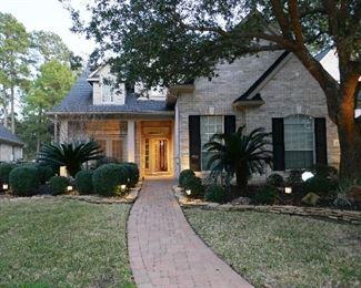 4000 sq. ft PLUS Mansion (2 garages)