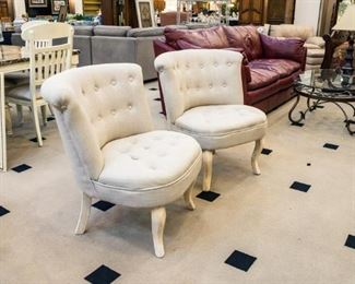 Great with the rounded loveseat!
