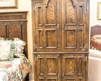 Drexel Armoire with shelves and 5 drawers inside.