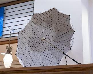 vintage parasol!