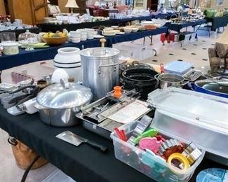 Misc. pots, pans, bakeware, Le Creuset, VillaClassic Hand Cast Cookware
