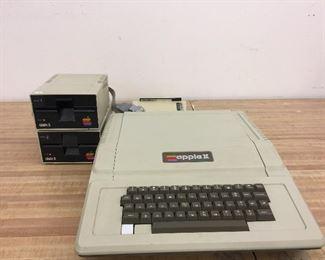 Vintage Apple 11 Plus